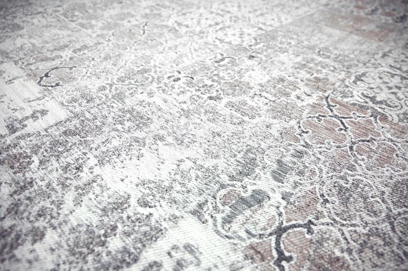 Stunning Silver Carrara Detail