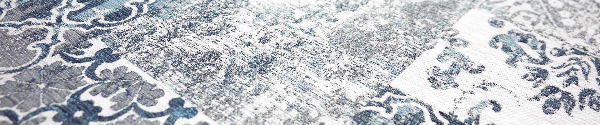 Perzische tapijten, Marokkaanse kelims en Parijse stoffenhuizen inspireerden onze ontwerpers